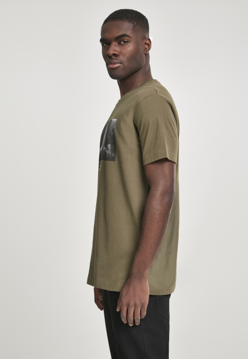 Mister Tee Pray Tee Men T-Shirt olive